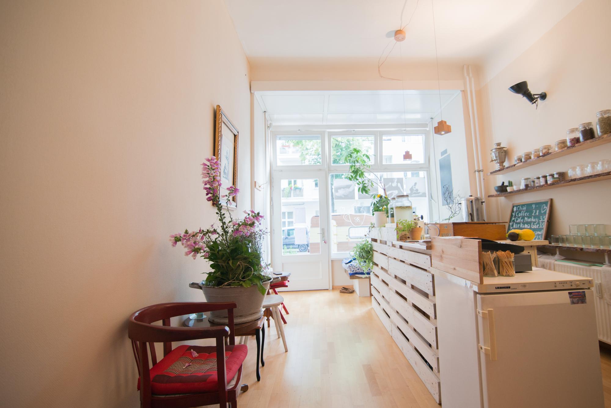 neuigkeiten workshopr ume monkey temple thai massage yoga in berlin. Black Bedroom Furniture Sets. Home Design Ideas